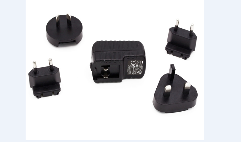 15W INTERCHANGEABLE PLUG USB Adapter